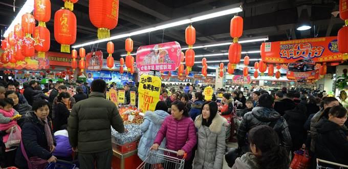 Consumidores chinos gastan más durante vacaciones de Año Nuevo Lunar