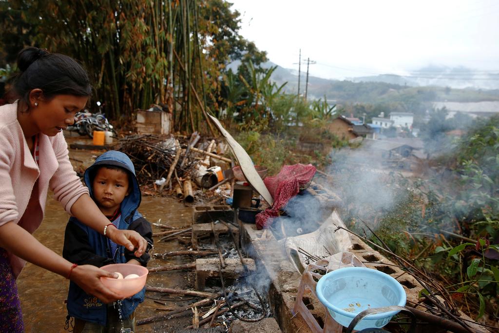 缅北近日爆发冲突 边民逃入云南避难