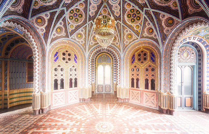 摄影师拍摄意大利古堡 内部美轮美奂
