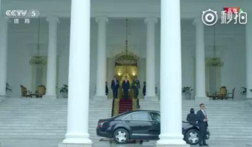 亚运会开幕式,印尼总统的入场方式亮了……