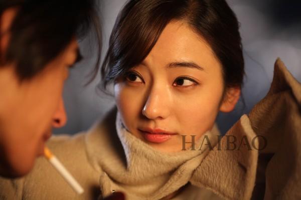 韩国女神韩彩英搭档蓝正龙,杜汶泽,乔任梁在迪拜开启淘金狂想冒险,和